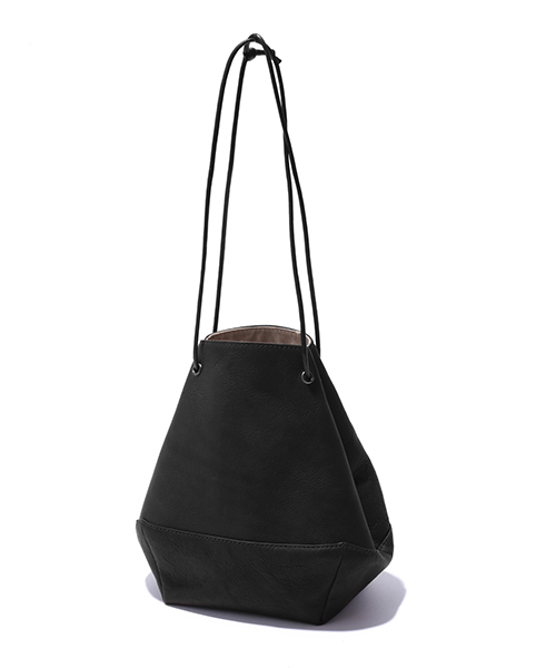 MR.OLIVE E.O.I / WATERPROOF WASHABLE LEATHER 2WAY DRAWSTRING POUCH